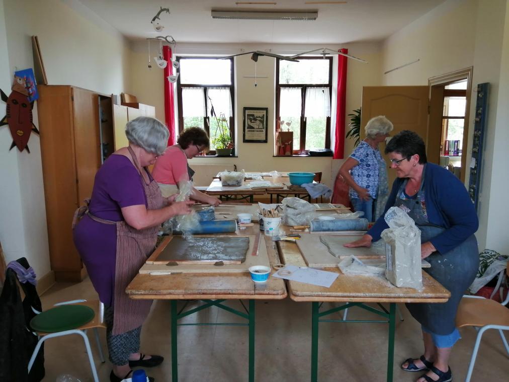 Kunst im Dorf: Kreativität und Geselligkeit in Neundorf ...