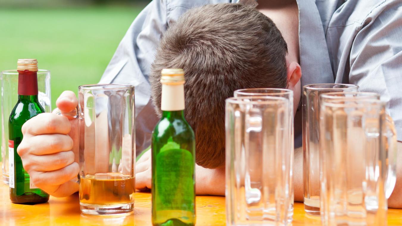 übermäßiger alkoholkonsum
