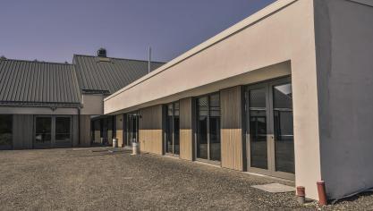 <p>Betriebsbereit ist der neue Dorfsaal. Aber aufgrund der Coronakrise können die Räumlichkeiten nicht genutzt werden.</p>